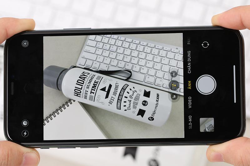 Điện thoại iPhone 11 Pro 64GB | Giao diện chụp ảnh